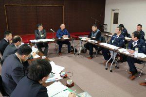 意見を交わすJA役職員とファーム北野代表者